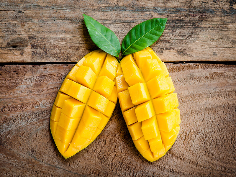 4 Must-Try Mango Recipes From Around the World!