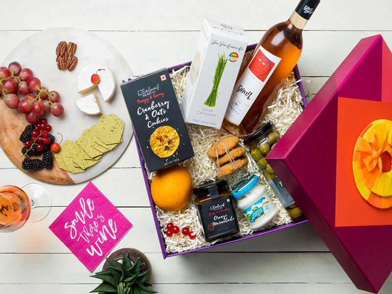 Gourmet Hampers For A Romantic Date Night