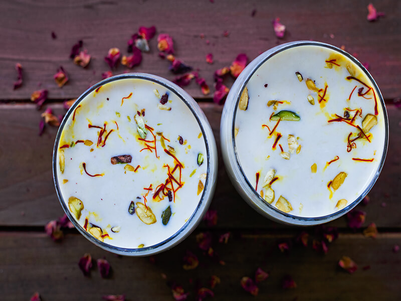 Refreshing Drinks You Need to Try This Holi