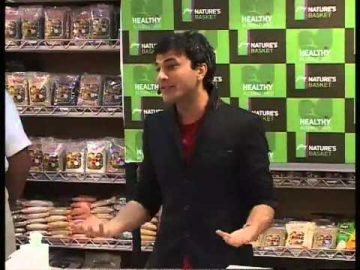 Celebrating Healthy Alternatives with Michelin Chef: Vikas Khanna at Nature's Basket- PART 2