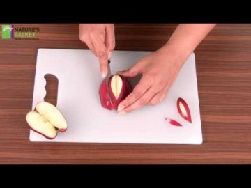How To Make the Perfect Apple Garnish by Godrej Nature's Basket